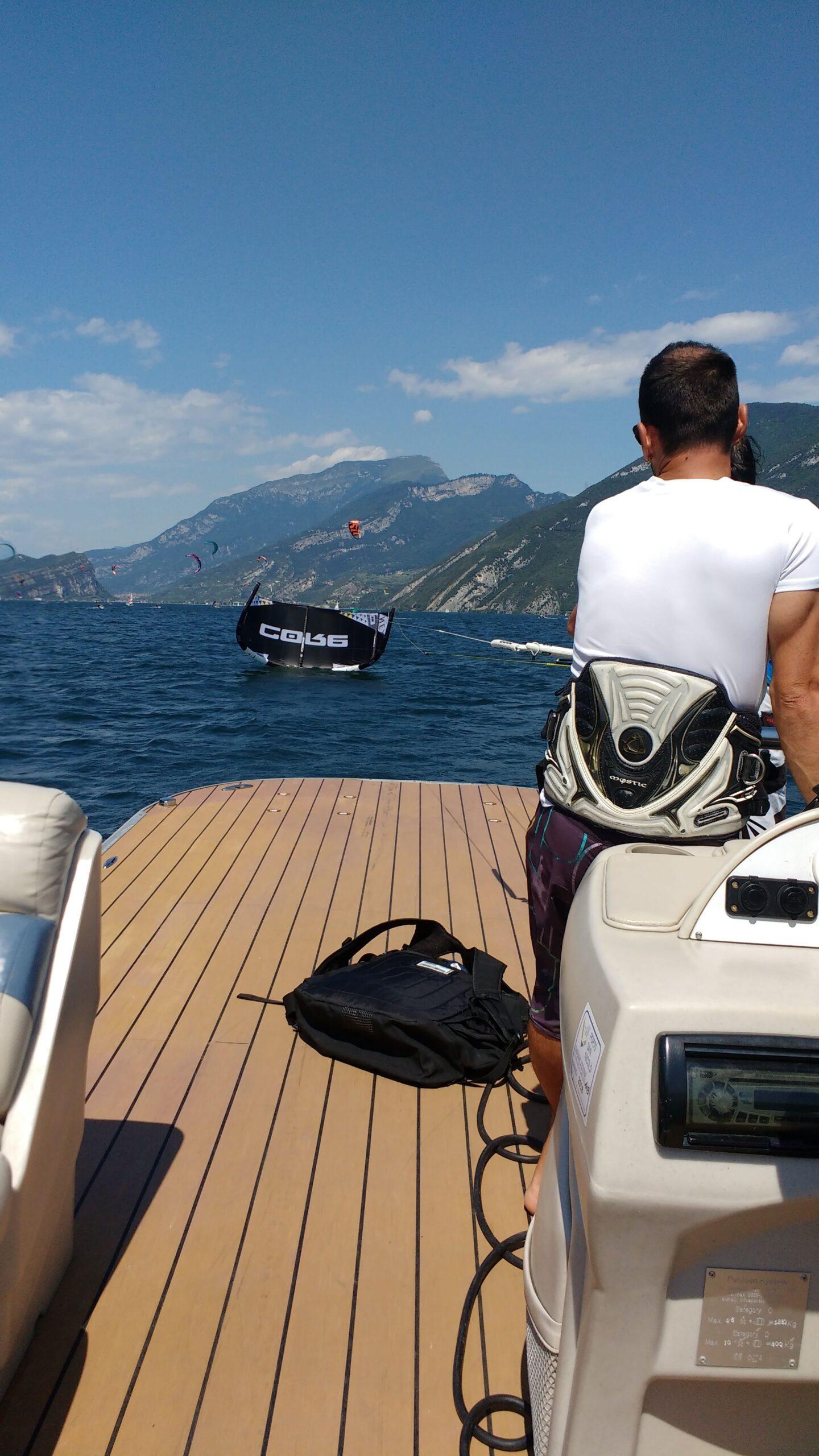 Vorbereitungen zum Kitesurfen